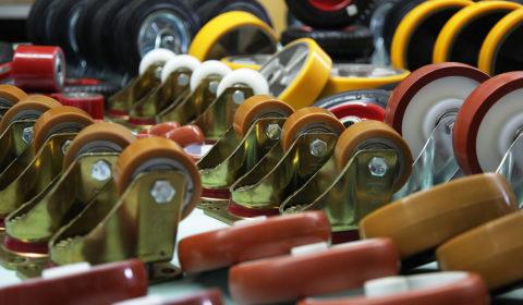 Особенности и типы колес для гидравлических тележек